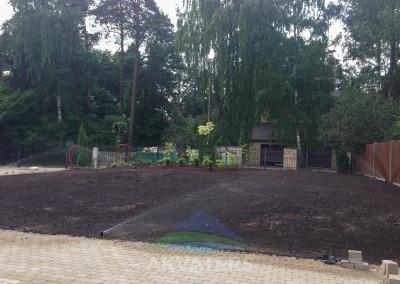 dārzs laistās automātiski / mežaparks